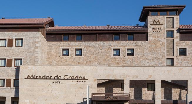 hotel-mirador-gredos-fachada-Frontal_Dia